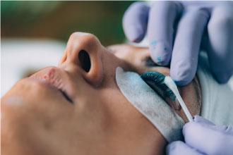 eyelash-cleansing
